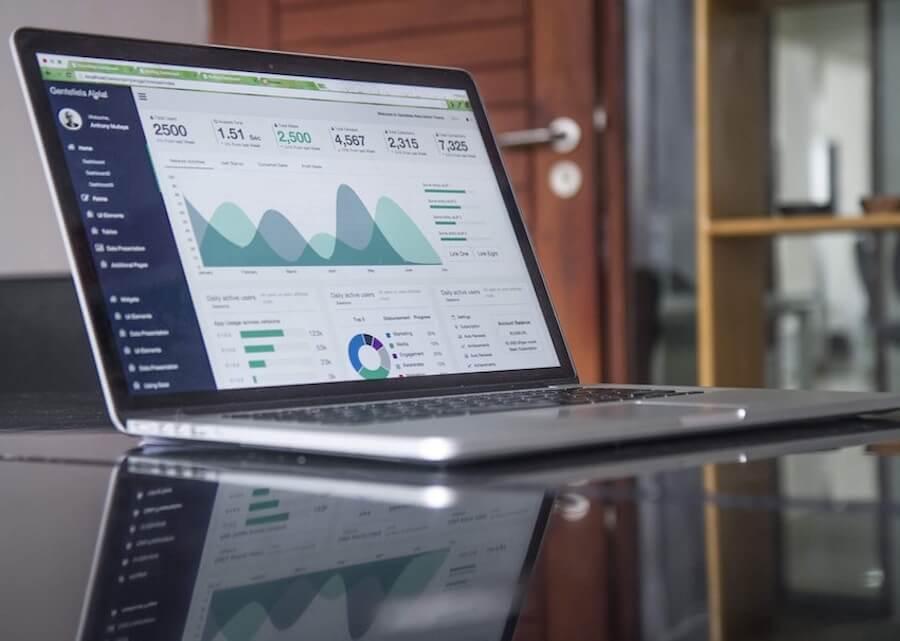 Warum du Google Analytics für deine Autohaus Homepage benutzten solltest